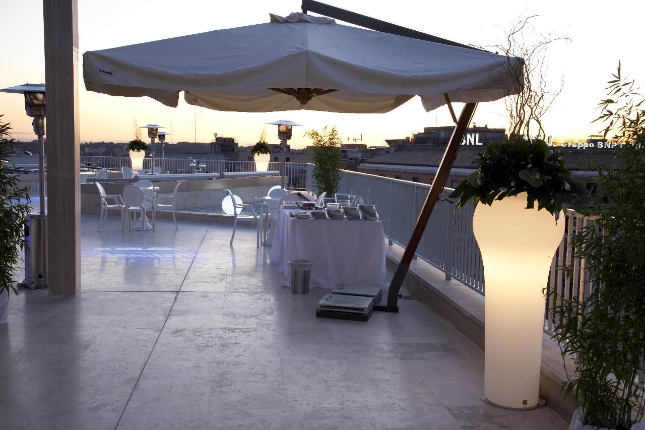 inaugurazione-ina-assitalia-roma-terrazza-illuminazione