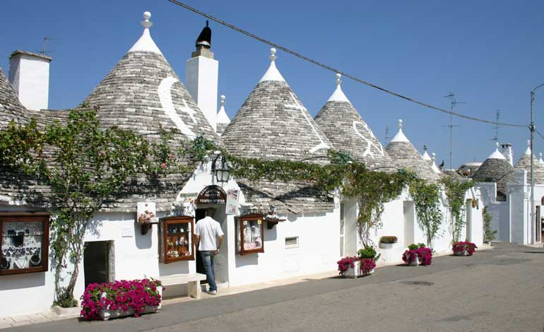 incentive-belgium-puglia-trulli-dmc-events-in-out-3